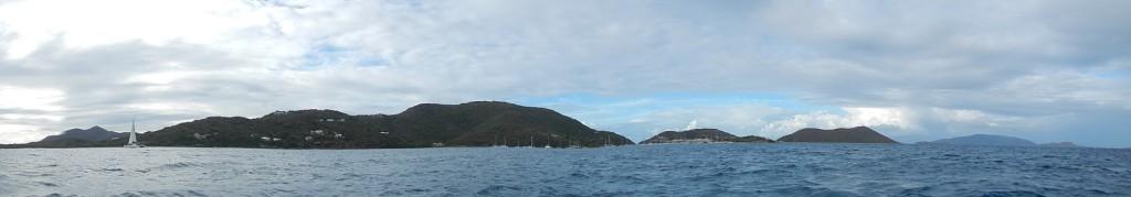 Voor anker bij Marina Cay