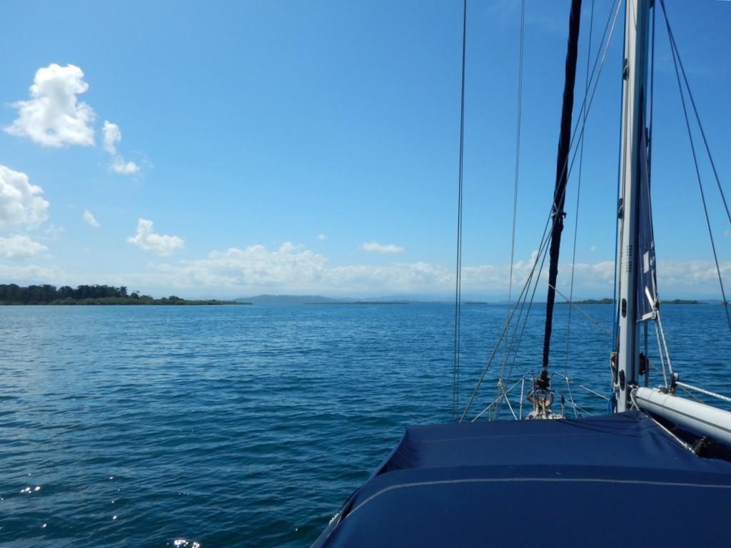Onderweg van Cayos Zapatillas naar Bocas Town