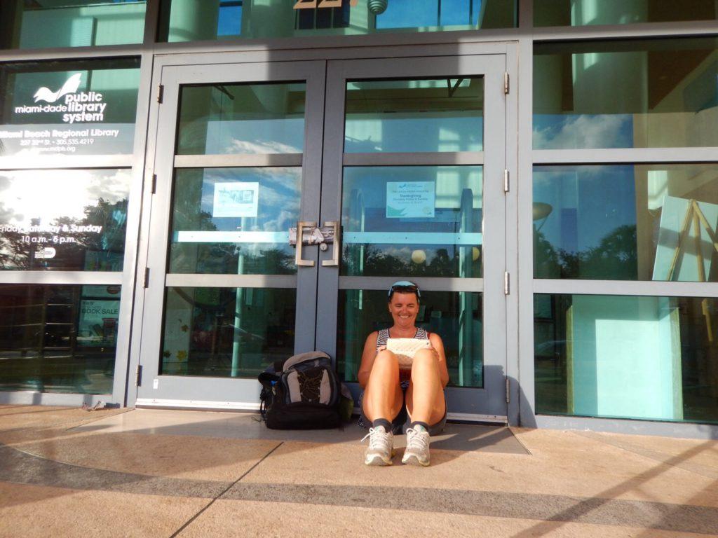 """""""Library closed"""" Het leven van een blogger gaat niet over rozen..."""